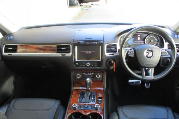 Volkswagen Touareg HYBRID AWD 2012