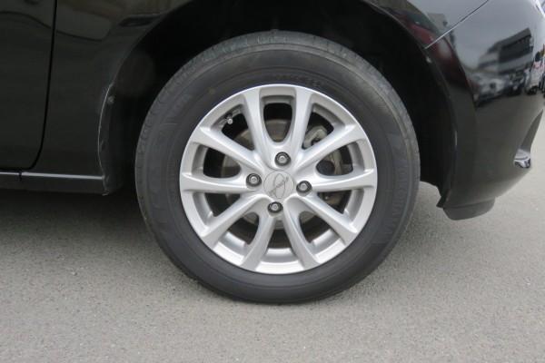Mazda Demio 13C 2011