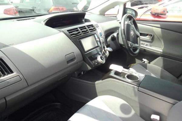 Toyota Prius Alpha 1.8G 7SEAT 2011