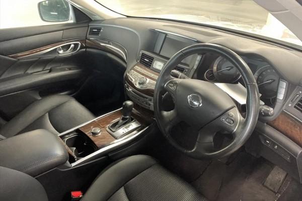 Nissan Fuga 250GT 2010