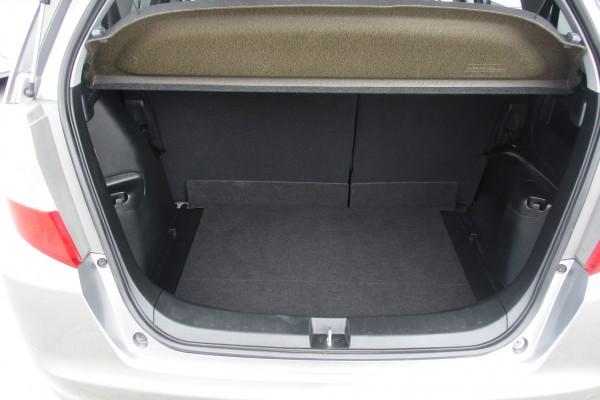 Honda Fit 1.5X 2010