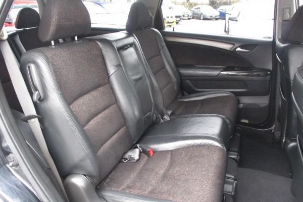 Honda Odyssey ABSOLUTE 2004