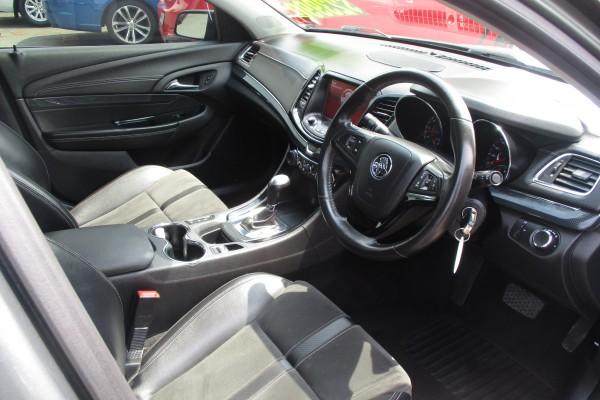 Holden Commodore SV6 2013