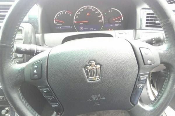 Toyota Crown ATHLETE 2004