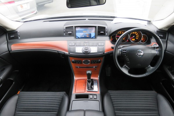 Nissan Fuga 250GT 2006