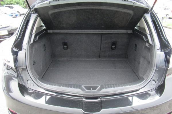 Mazda Axela 20S SKYACT 2013