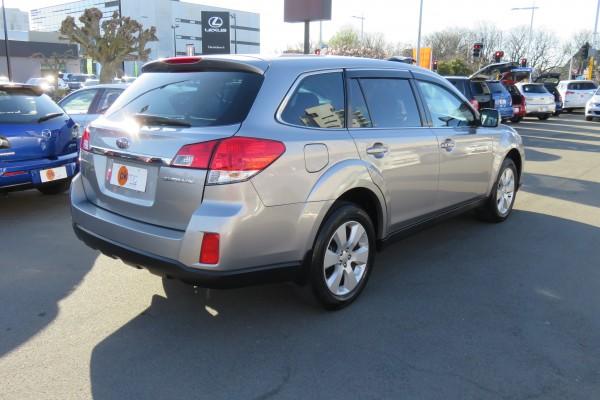 Subaru Outback 2.5I L PAC 2010