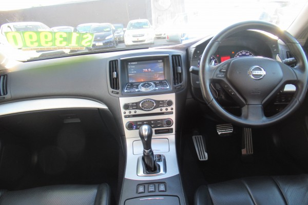 Nissan Skyline 370GT TYPE 2009
