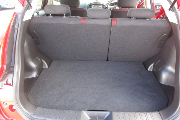 Nissan Juke 15RX 2WD 2010