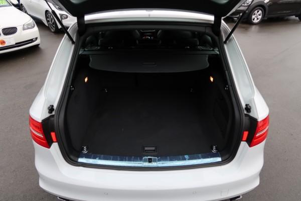 Audi A4 2.0T S-LIN 2015