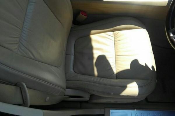 Jaguar XF 3.0 LUXURY 2011