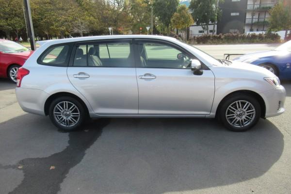 Toyota Corolla Fielder 1.5X 2014