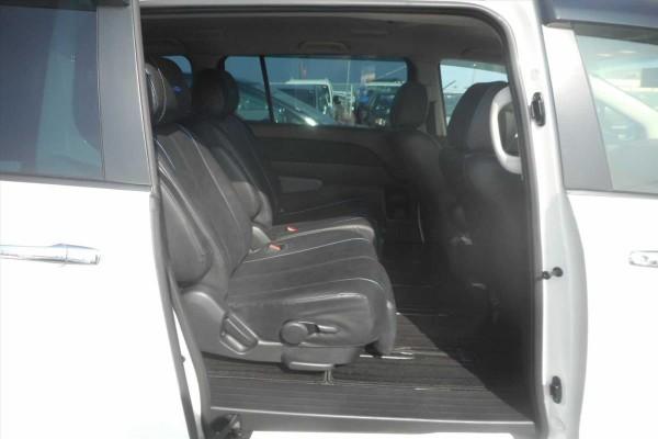 Mazda MPV 23S 2015