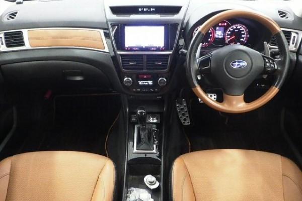 Subaru EXIGA 2.5I CROSS 2015