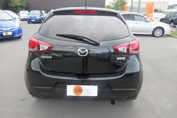 Mazda Demio 13S 2015