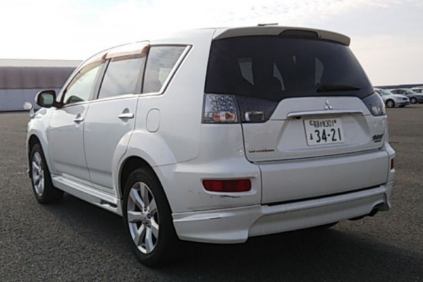 Mitsubishi Outlander ROADEST 24 2010
