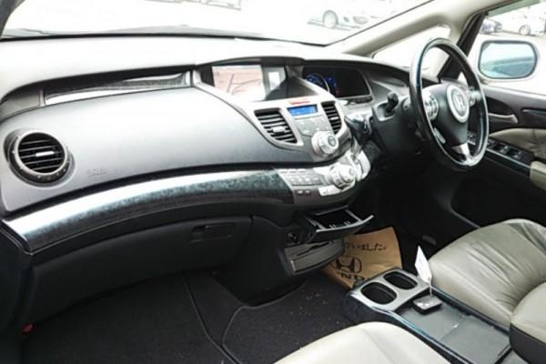 Honda Odyssey ABSOLUTE 2006