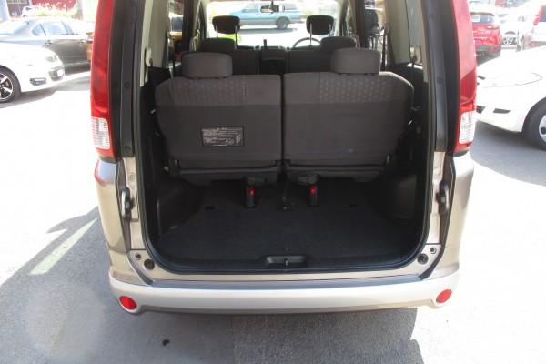 Nissan Serena 20RS 2006