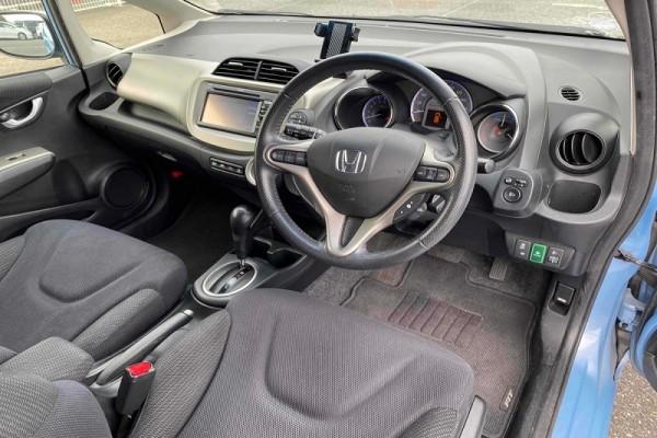 Honda Fit 1.3 HYBRID 2012