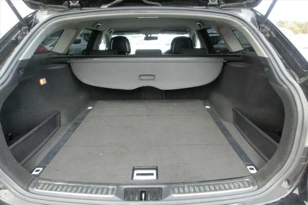 Toyota Avensis 2.0XI 2011