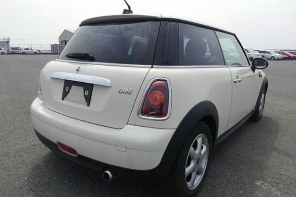 Mini One  2008