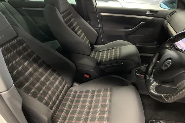 Volkswagen Golf GTI 2008