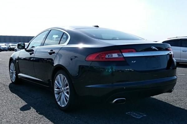 Jaguar XF 5.0 PORTFOLIO 2010