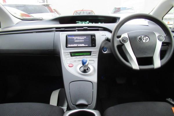 Toyota Prius S TOURING 2014