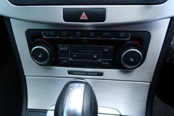Volkswagen Passat 1.4 HIGHLI 2011