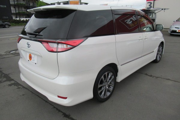 Toyota Estima AERAS 2017