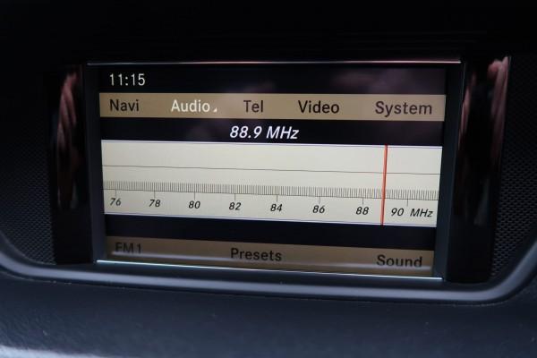 Mercedes-Benz E300 AVANTGARDE 2010