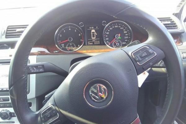 Volkswagen Passat TSI HIGHLI 2012