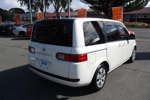 Nissan Lafesta 20S 2005