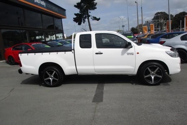 Toyota Hilux EXTRA CAB 2015