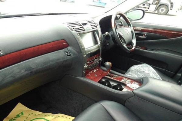 Lexus LS460 V8 2007