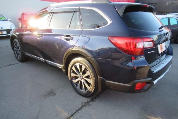 Subaru Outback LIMITED AW 2016