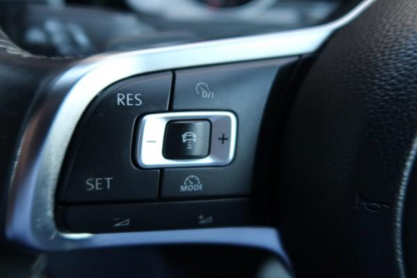 Volkswagen Golf 1.4TSI R L 2014
