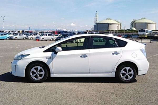 Toyota Prius 1.8G PHEV 2013