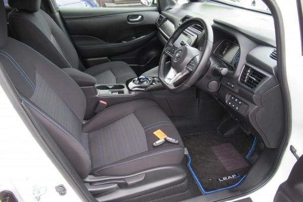 Nissan Leaf 40G 6.6KWH 2017