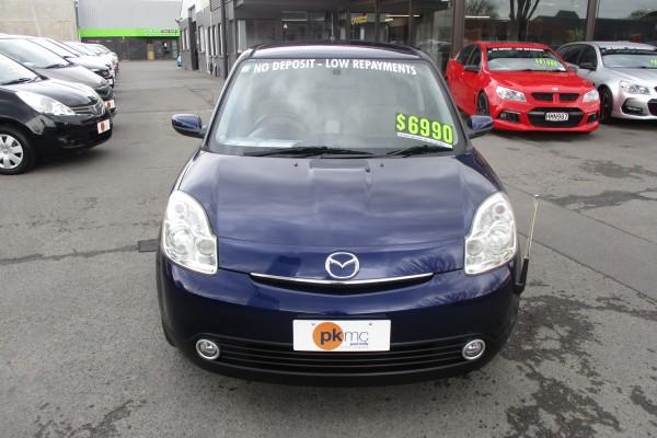 Mazda Verisa 4WD 2004