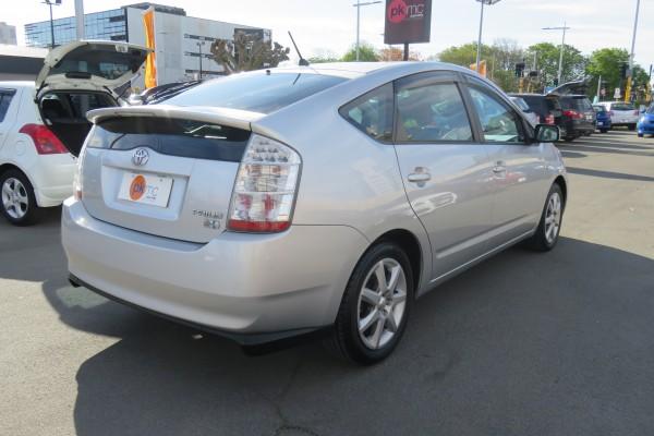 Toyota Prius 1.5S TOURI 2006