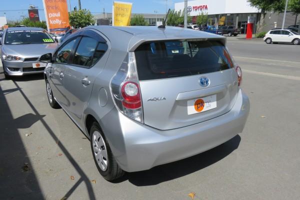 Toyota Aqua 1.5L HYBRI 2013