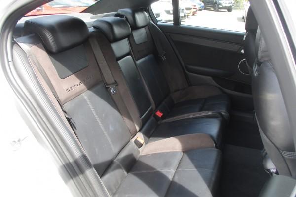 Holden HSV Senator 2011