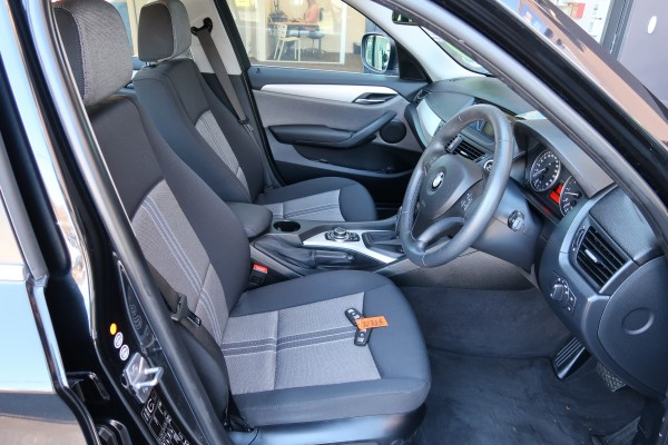 BMW X1 25I XDRIVE 2010