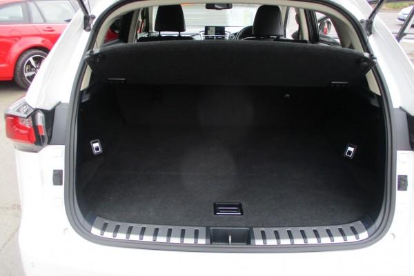 Lexus NX300H 4WD HYBRID 2015