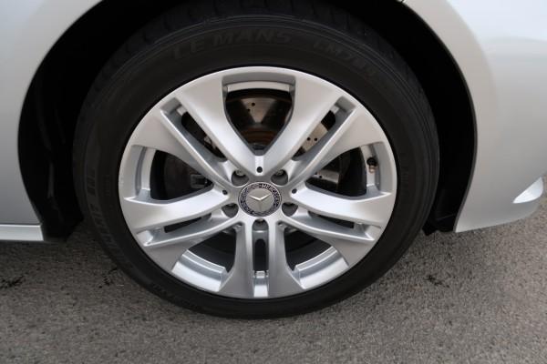 Mercedes-Benz E 350 AVANTGARDE 2009