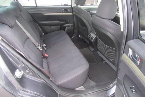 Subaru Legacy 2.5I B SPO 2013