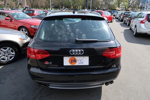 Audi S4 QUATTRO AV 2010