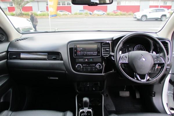 Mitsubishi Outlander VRX 2018