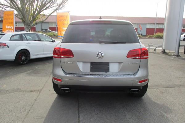 Volkswagen Touareg HYBRID 4WD 2011